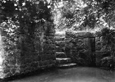 'Mystical' Becket's Well in the 1920s