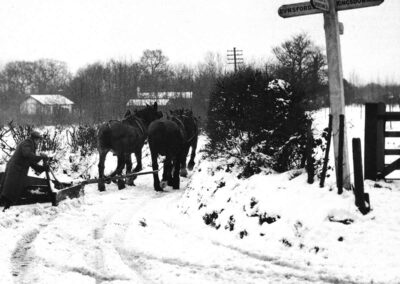 Snow locked Otford Hills in 1940s