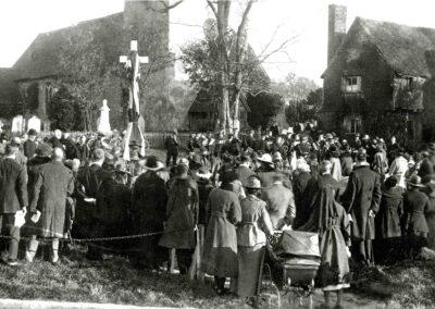 Unveiling the War Memorial in Nov 1920