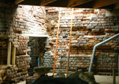 Cutting out and replacing the ancient brick fabric